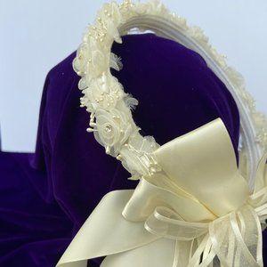 Accessories - Vintage Ivory Crown Wedding Veil Peal floral